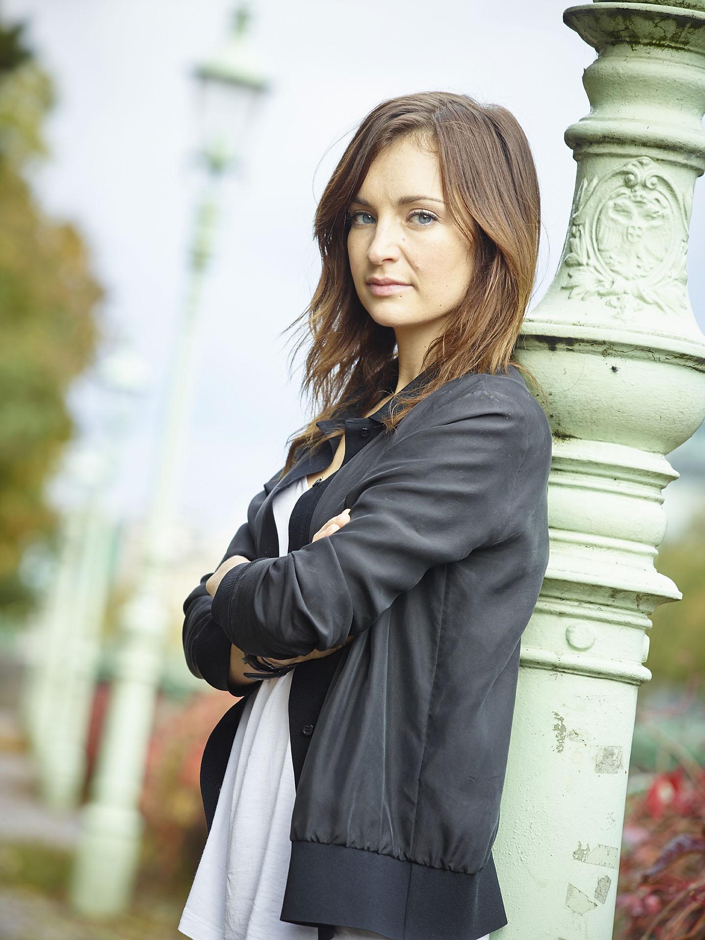 Sabrina Reiter(Actress)
